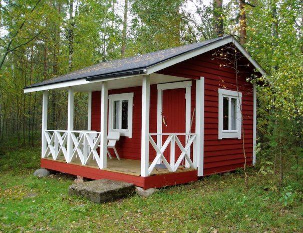 sleeping_shack_outside